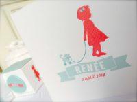Geboortekaartje Renée, silhouet, meisje, katje, speelgoed, banner, vlagje, modern, retro, vintage
