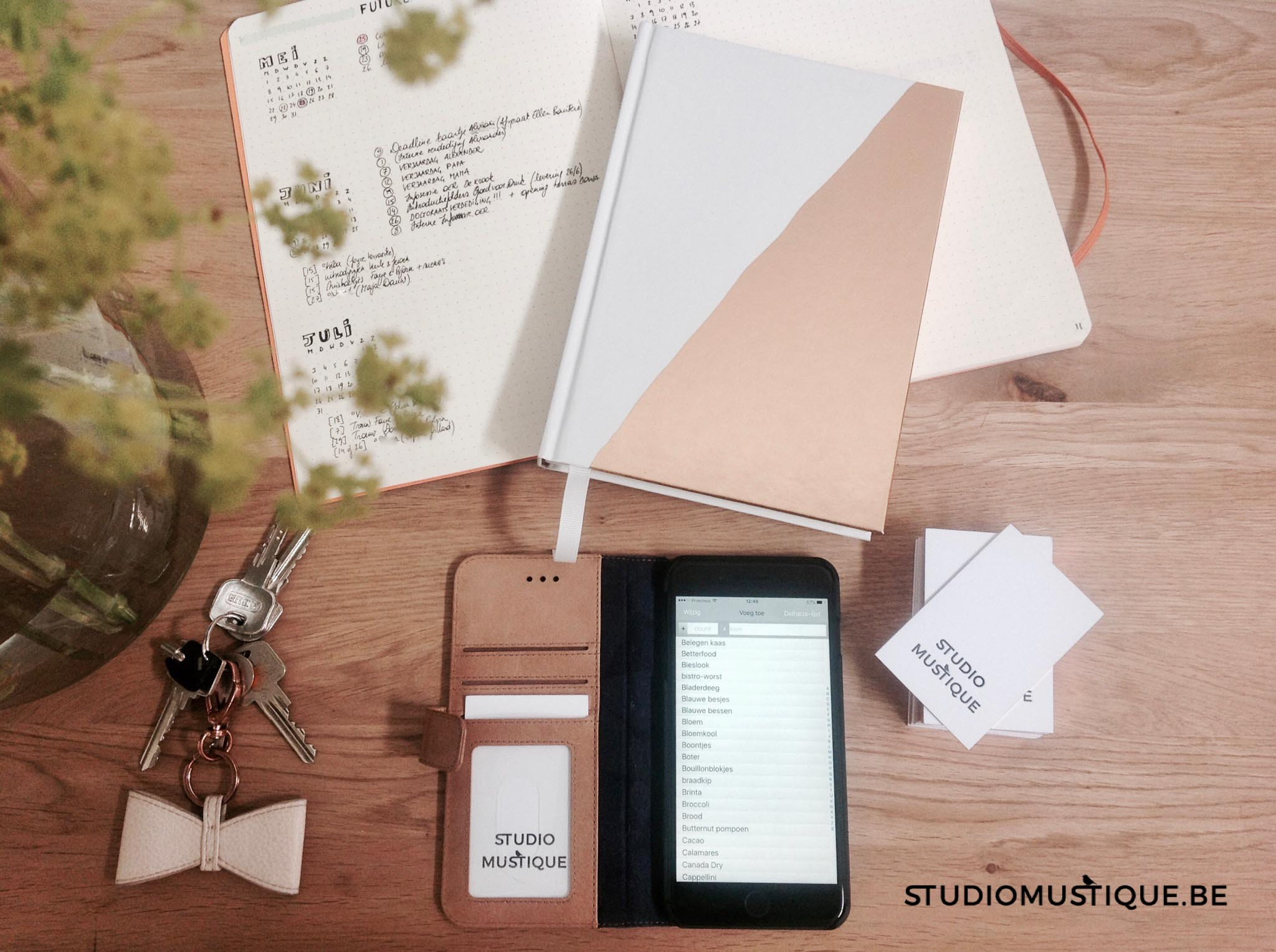 studiomustique.be flatlay