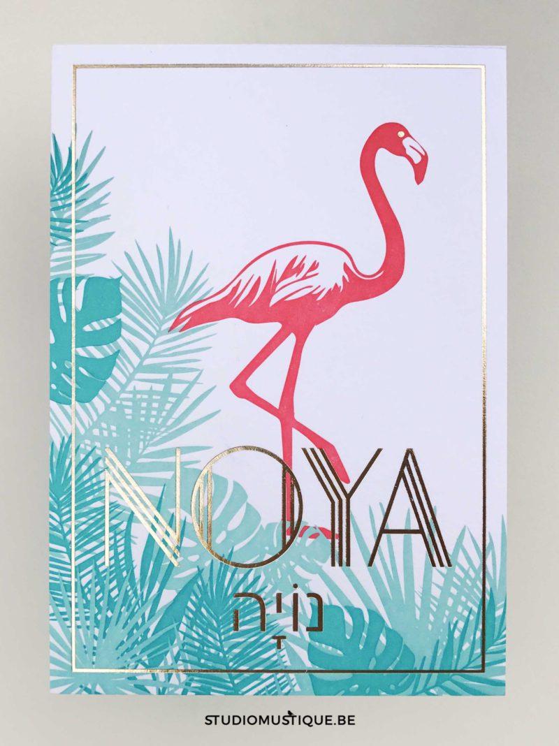 studio mustique Geboortekaartje Noya met flamingo, tropical, geboortekaartje op maat, goudfolie letterpress