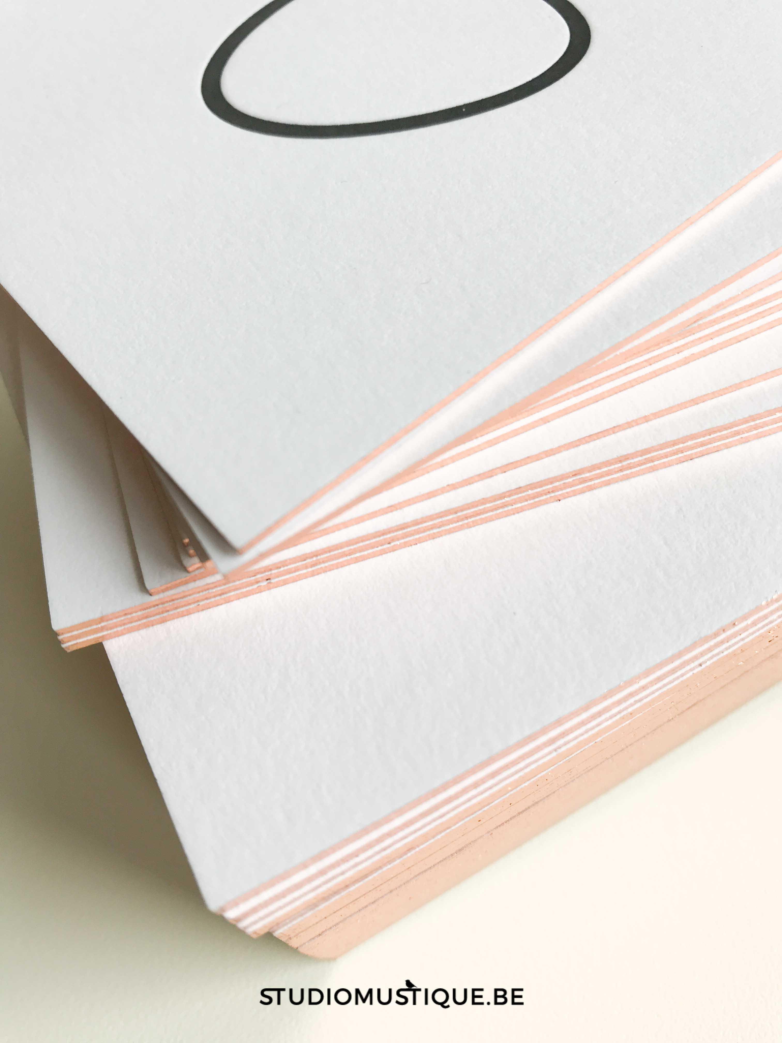 Geboortekaartje letterpress Jackie folie op snee, minimalistisch, sierlijk handwriting