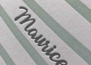 Geboortekaartje Maurice - horizontale lijnen, letterpress, mint, munt, grijsgroen, streepjes, sierlijk, elegant, eenvoudig, minimalistisch, geboortekaartje op maat