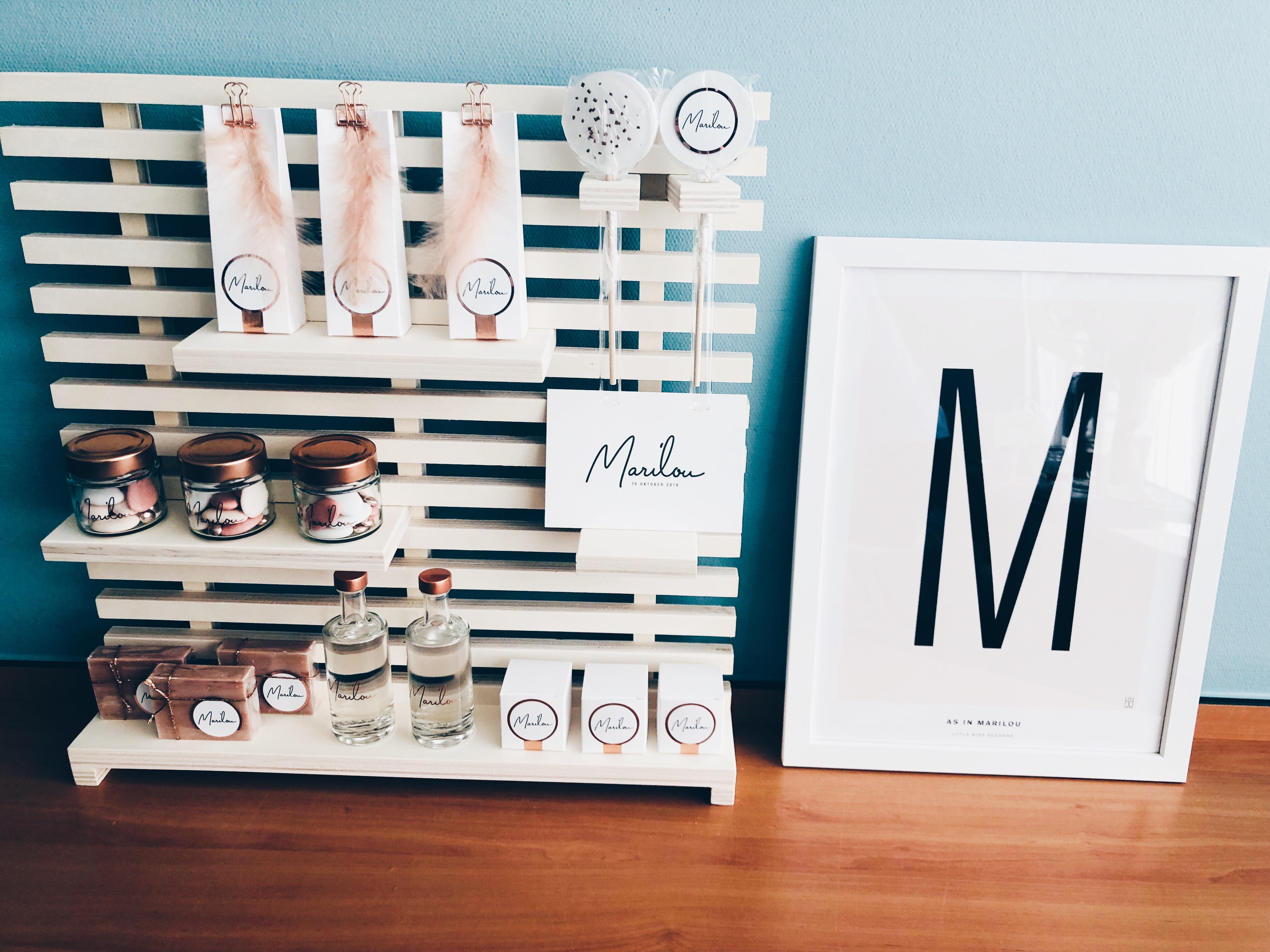 Geboortekaartje Marilou, eenvoudig, letterpress zwart wit, minimalistisch, roze, lolly, rosegold, doopsuiker studio blanche