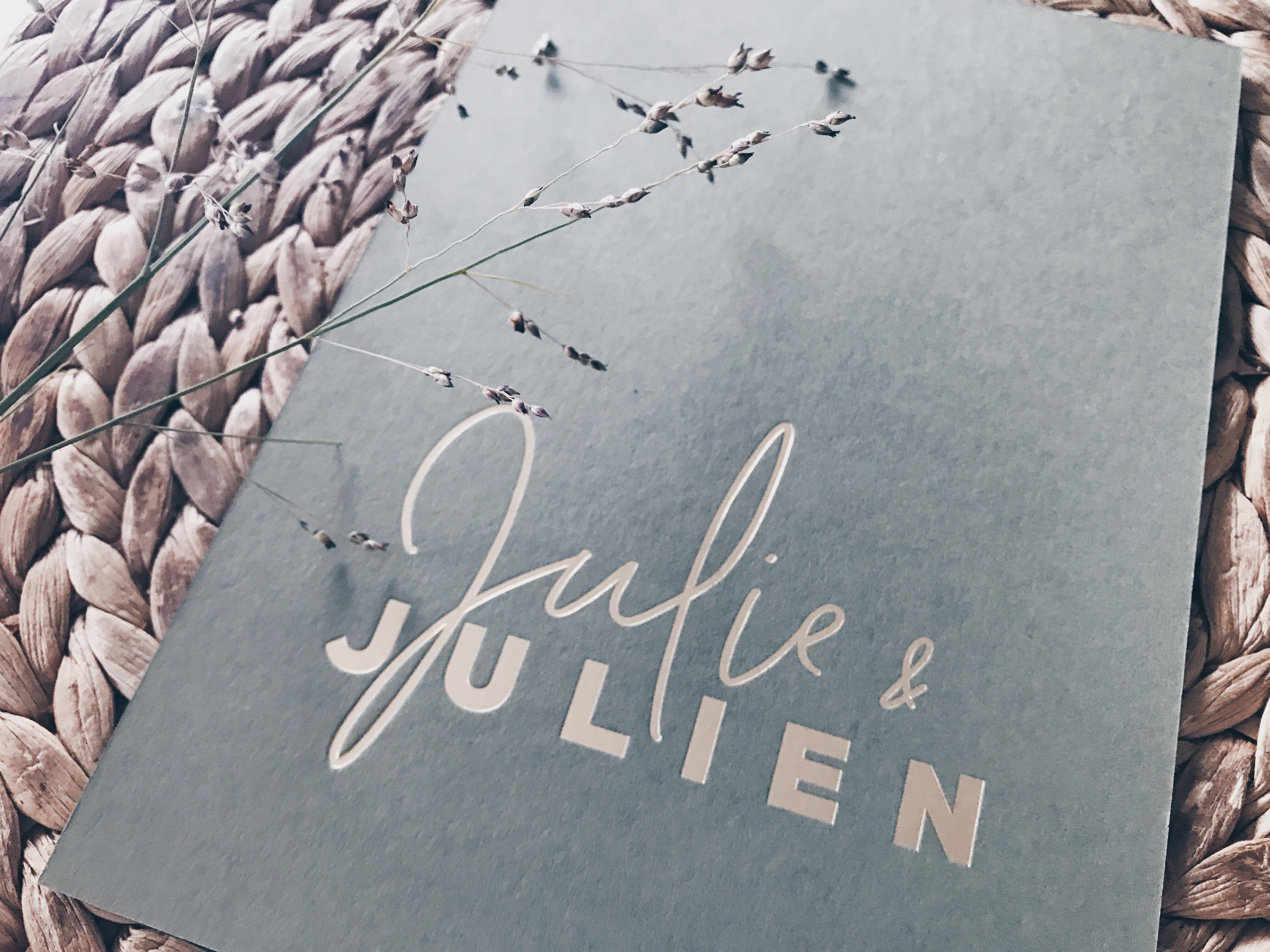 Julie & Julien huwelijksuitnodigingen