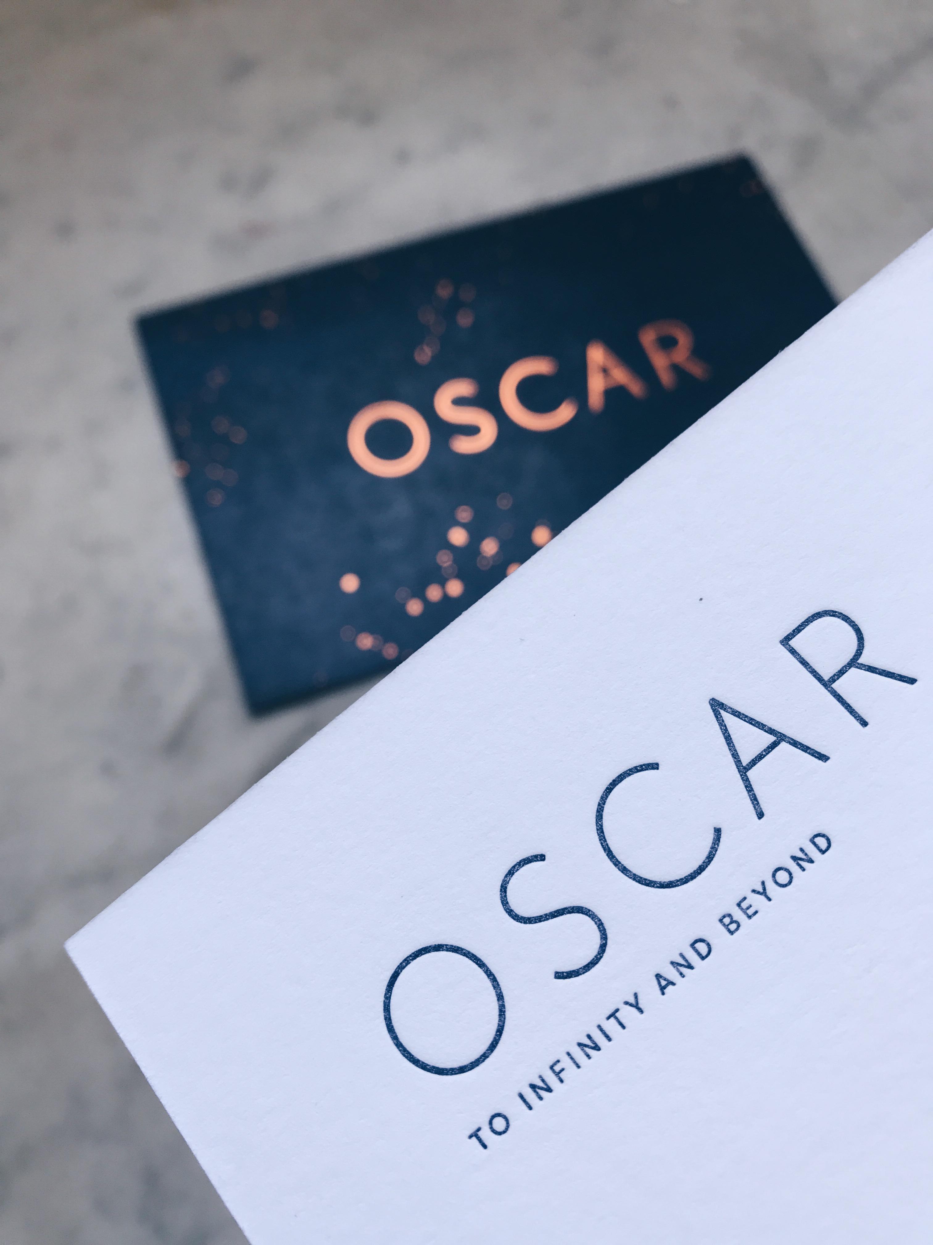 Geboortekaartje Letterpress koperfolie, Oscar, sterren, blauwe achtergrond, minimalistisch