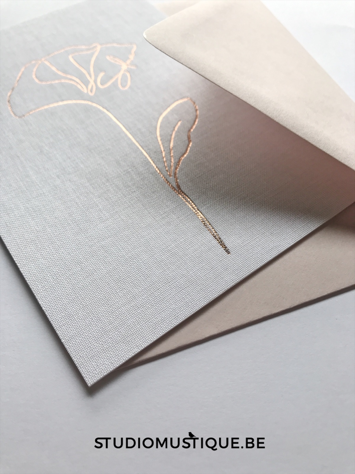 Geboortekaartje met stof - fabric birth announcement, foliedruk, rosegold, rose goud, letterpress
