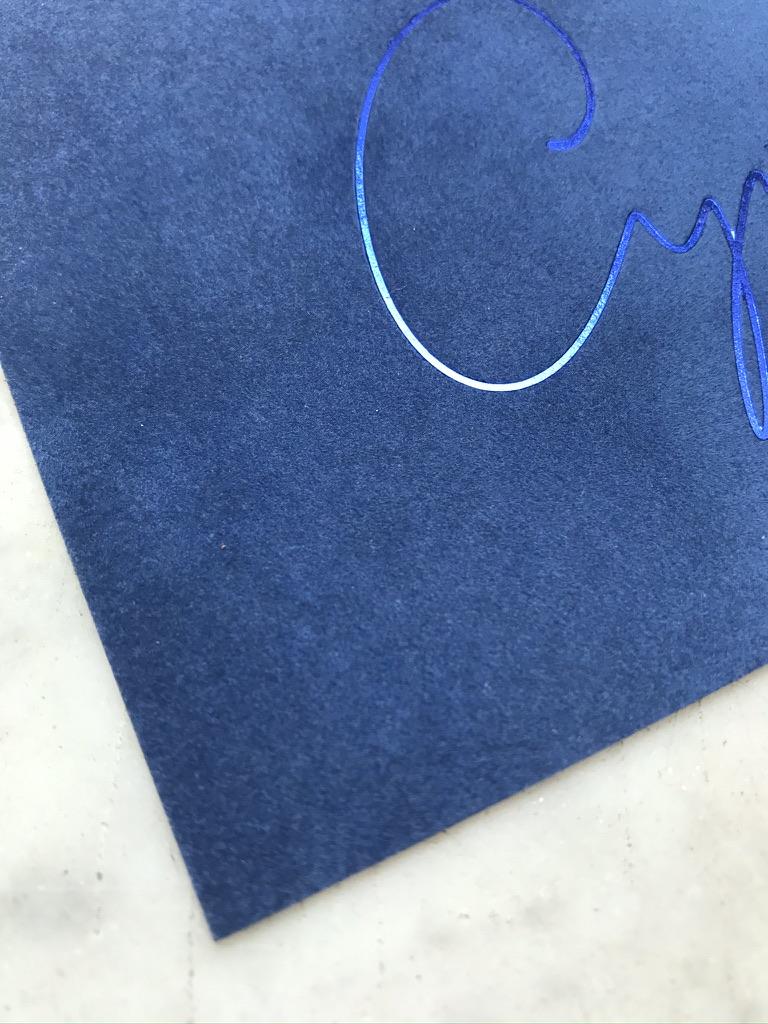 Velvet geboortekaartje - letterpress foliedruk - huwelijksuitnodigingen - wedding stationery - hotfoil - uniek geboortekaartje - boho - bohémien - winter - zacht - speciaal - Studio Mustique